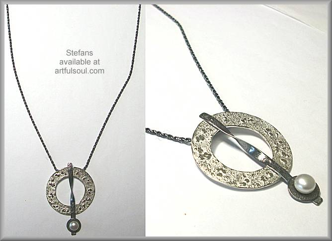 Stefans Textured Circle Necklace