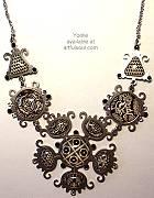 Yoolies Noir Necklace